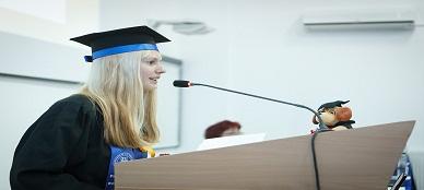 graduation-2038866_960_720