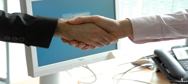 handshake-440959_960_720 - copia